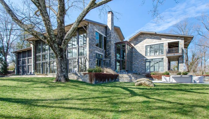 5518 Riverside Drive: See this fabulous contemporary on 2019 Westover Hills Home Tour (May 5)